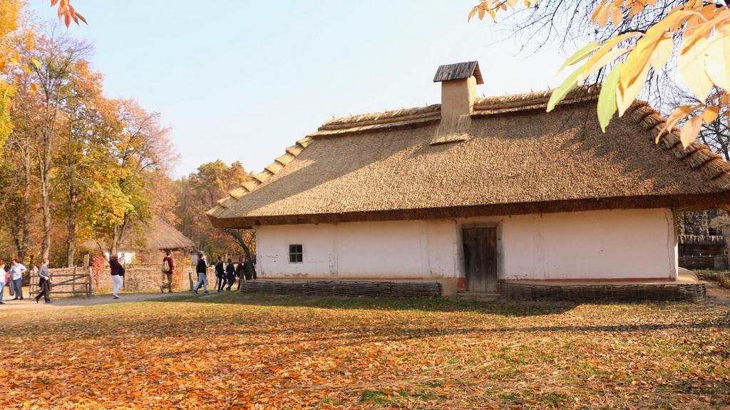 Freilichtmuseum Pyrohiw - Alte ukrainische Hütte