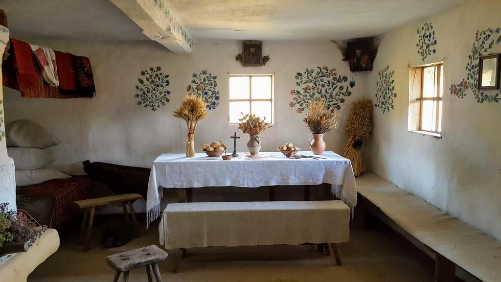 Freilichtmuseum Pyrohiw - Hütte von innen
