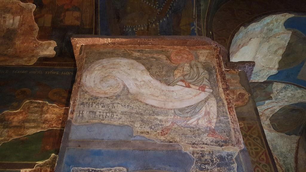Engel, der den Himmel einrollt - Szene der Endzeit, die Komposition Jüngstes Gericht