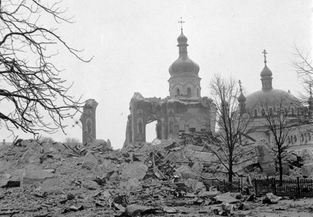 Mariä-Entschlafens-Kathedrale, nach der Sprengung